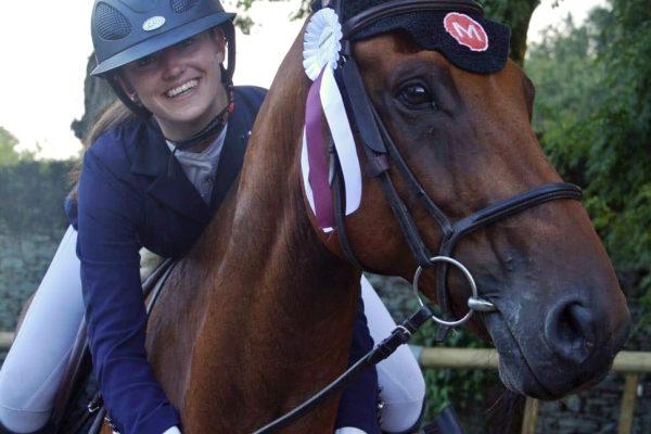Belle récompense pour Faustine et son cheval